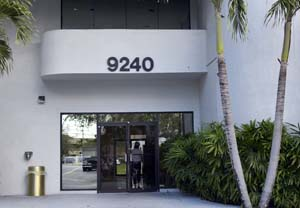 Miami Neurologist - Carlos Ramirez-Calderon, MD
